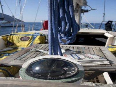 utilizzo della bussola in barca a vela